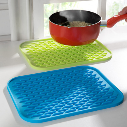Set of 3 Non-slip Resistant Kitchen Silicone Trivet Pot Pan Straightener Holder Mat Heat
